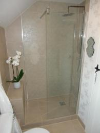 Wetrooms Floral Decor