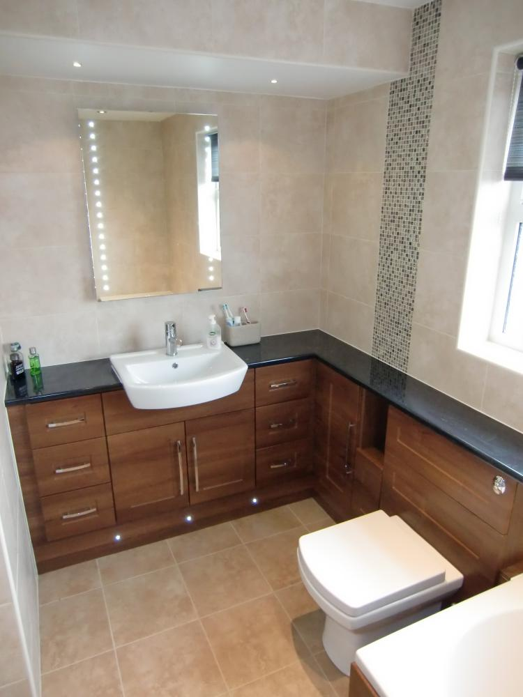 Shaker fitted bathroom furniture traditional range for Bathroom furniture